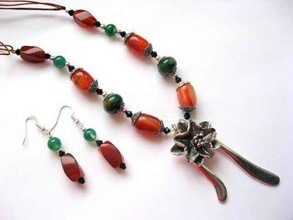 Bijuterie handmade set colier si cercei cu agate 10744
