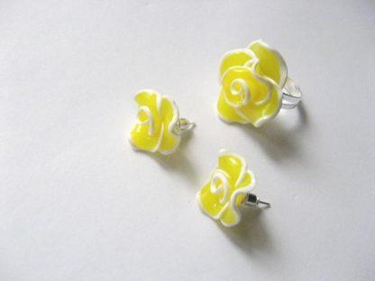 Bijuterii galben cu alb fimo, cercei si inel 13456
