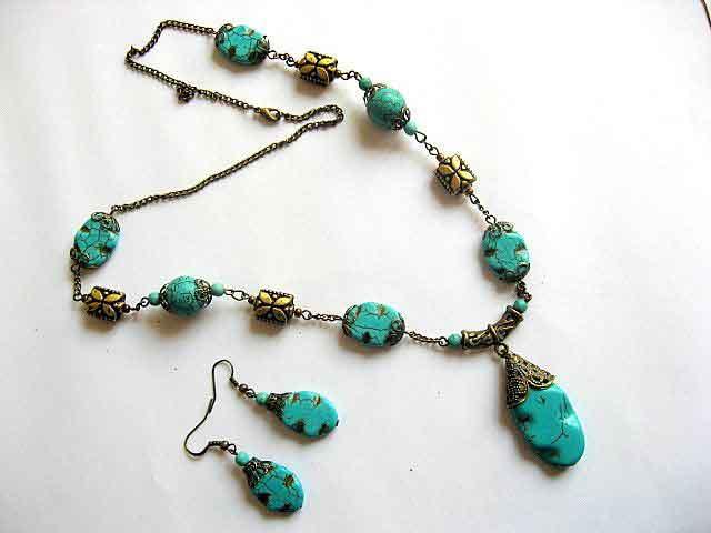 Colier si cercei turcoaz si accesorii din bronz 16481.