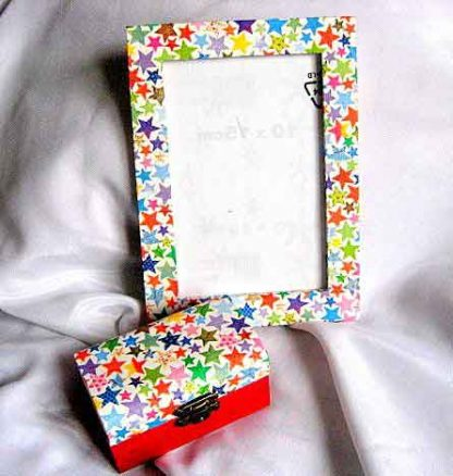 Cutie si rama decorata manual set cadou 26343