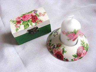 Flori rosii, roz si mov, cutie si suport lumanare 24109
