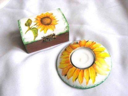 Model floarea soarelui cutie si suport lumanare 25428.