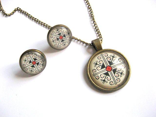 Motive traditionale romanesti bijuterie set pandantiv si cercei 27372