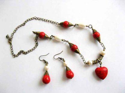 Perle naturale si pietre howlite rosii, bijuterii bratara si cercei 17647