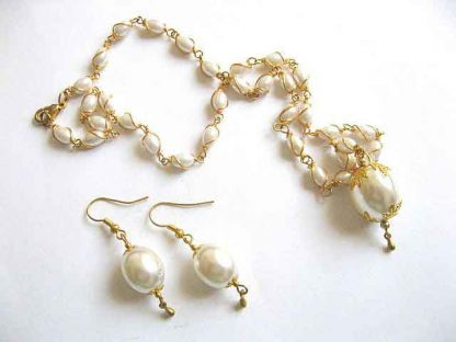 Perle set bijuterii colier si cercei 26812.