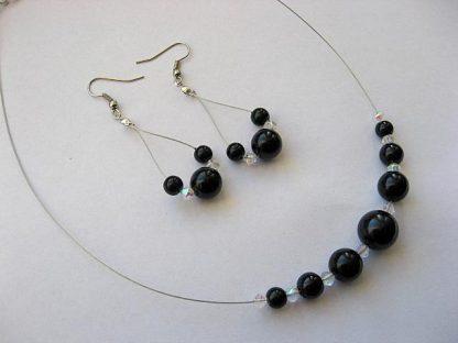 Perle sticla culoare neagra si alb transparent, set colier si cercei 4679