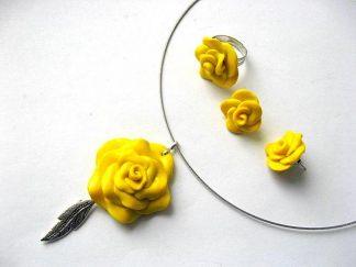 Set bijuterii colier, cercei si inel trandafiri galbeni fimo 6261