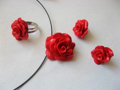 Set fimo bijuterii colier, cercei si inel trandafiri rosii 5308