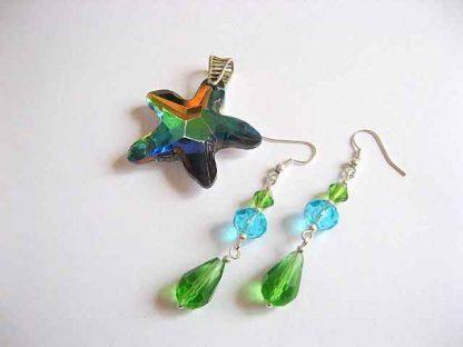 Set pandant si colier, cristale culori verde, albastru si portocaliu 24583.