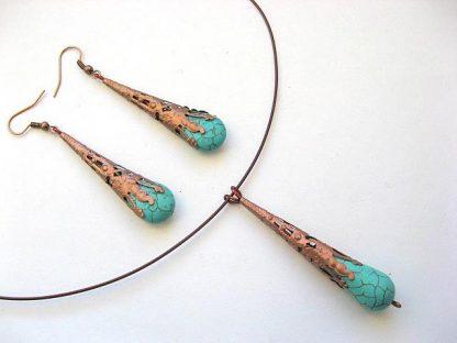 Turcoaz si elemente cuprate, set bijuterii colier si cercei 10453
