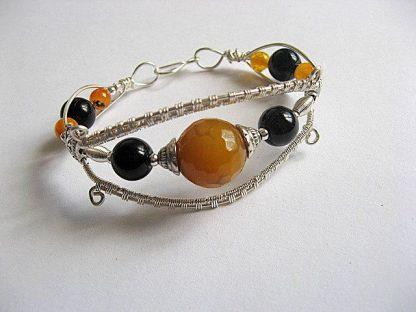 Agate galbene si onix negre pietre semipretioase, bijuterie handmade 21720 a doua poza