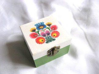 Cutiuta bijuterii motive florale traditionale romanesti 26562.