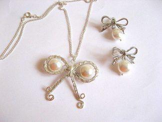 Set mireasa colier si cercei cu perle Mallorca 16606