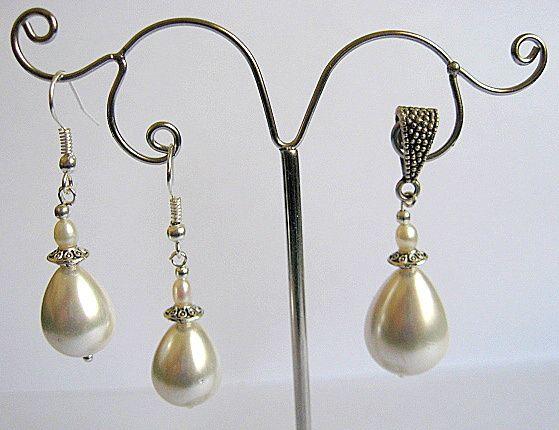 Set mireasa pandant si cercei din perle naturale 19673