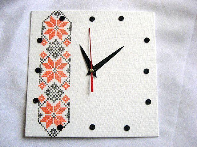Ceas pentru perete cu motiv traditional romanesc 28419