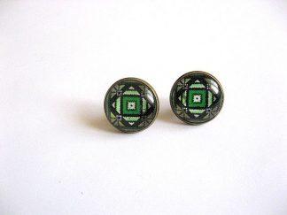 Cercei cu surub cu motive traditionale culoare verde inchis verde deschis 28385