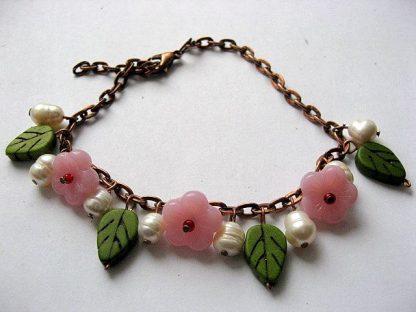 Culori verde, alb si roz, bratara femei, howlite, perle naturale, sticla 18790