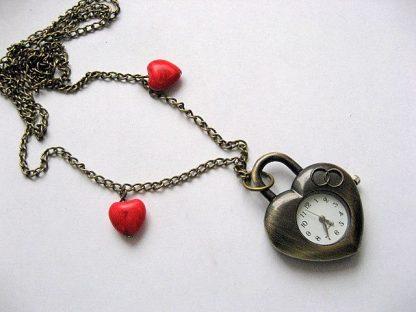Pandantiv ceas bronz inima sub forma de lacat, inimioare howlit rosu 18589