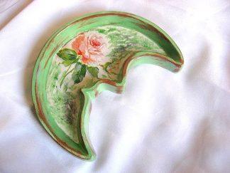 Platou ipsos model trandafir, floare roz si alb, fond verde alb vintage 22243