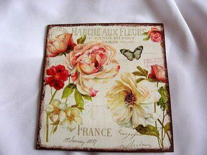 Tablou lemn cu flori si un fluture, tablou handmade gen carte postala 23840