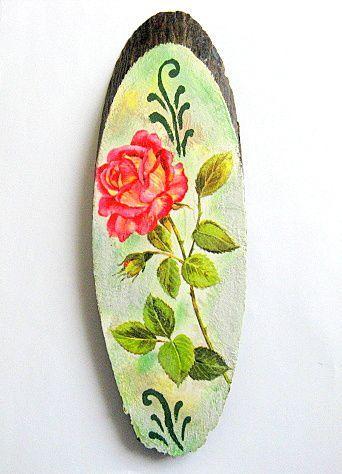 Trandafir rosu cu boboc, tablou pe trunchi de copac handmade 28539