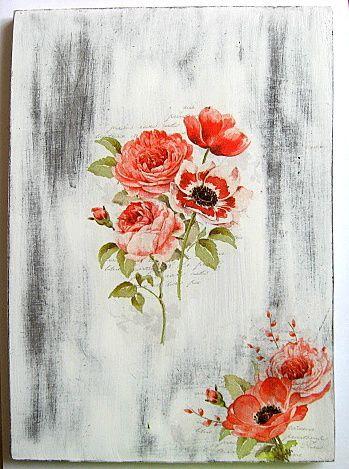 Trandafiri si lalele rosii pe fundal de epoca, tablou pe lemn 22777