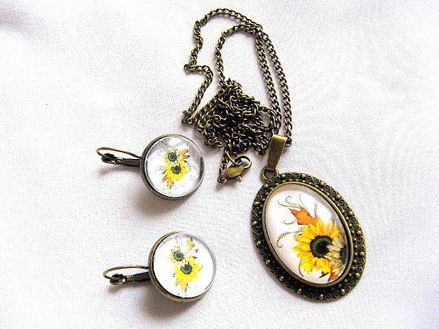 Bijuterie set model floarea soarelui pandantiv si cercei cu tortite 28508