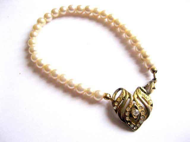 Bratara femei perle sticla ivory si ornament strasuri 28282