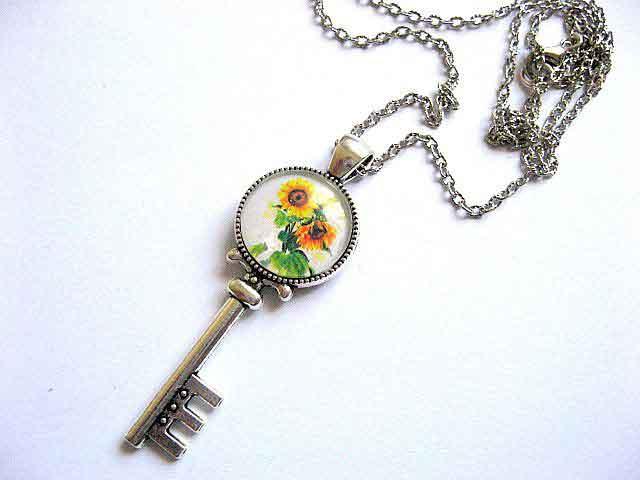 Colier cu pandantiv cheie cu floarea soarelui 28749