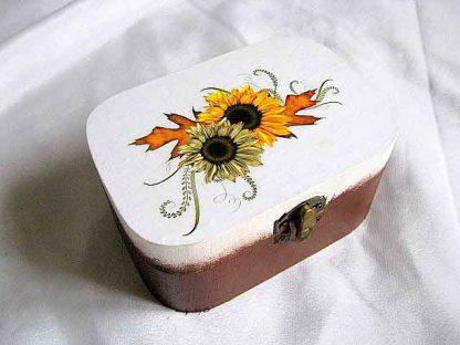 Cutie accesorii si bijuterii, cutie lemn model floarea soarelui cod 28734