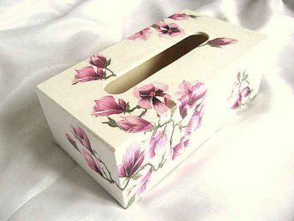 Magnolii rosii, cutie servetele hartie cu model de flori