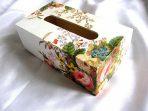 Ornament floral gen ikebana pe cutie servetele hartie model 28703