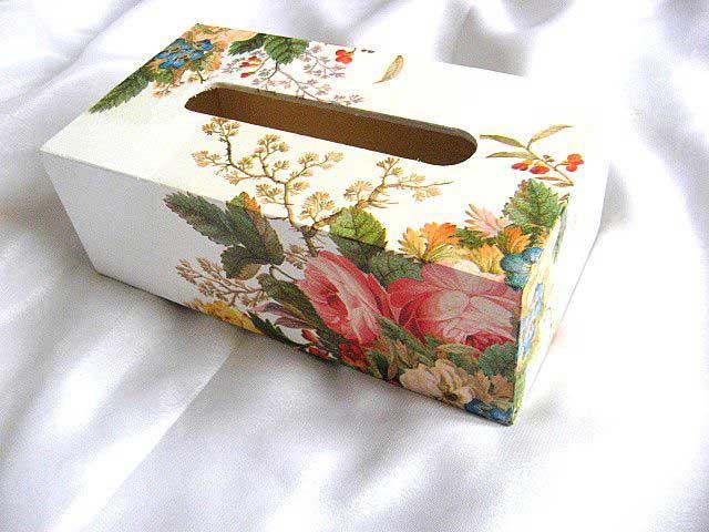 Ornament floral gen ikebana pe cutie servetele hartie model 28703 poza a 2a