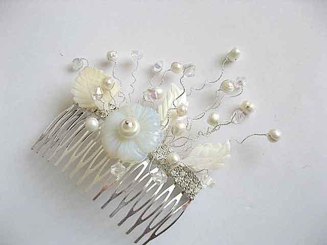Floare piatra lunii, sidef, perle naturale si cristale pieptan 22708