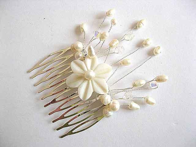 Pieptan nunta cu floare de sidef si perle naturale, pieptan mireasa 22715