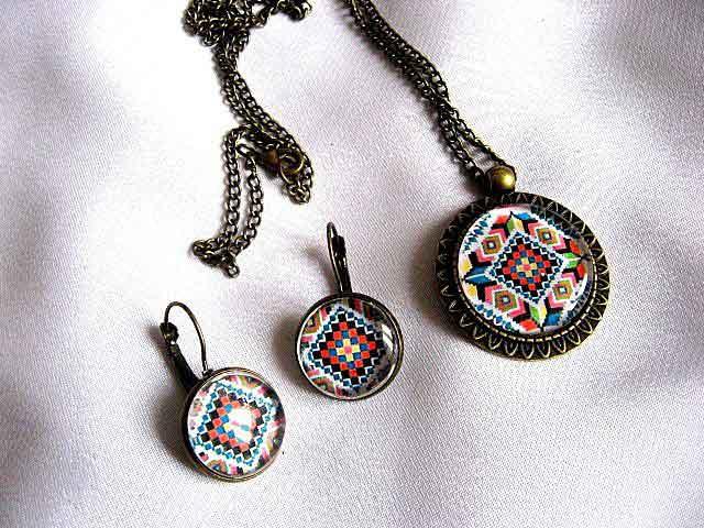 Set cadou motive traditionale, set cadou femei colier cu pandantiv si cercei 28724