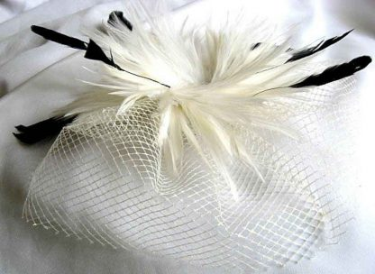 Voaleta mireasa, cu pene, accesoriu nunta cod produs 22764 poza a 2a