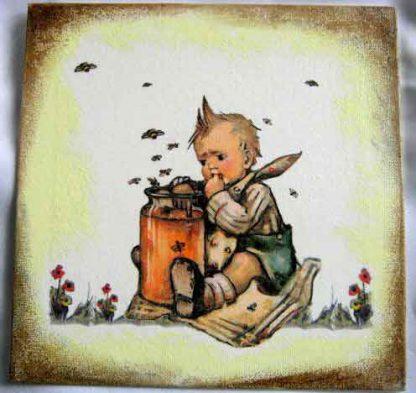 Albinele baz baz la copilul cu degetu-n borcanul cu miere 28845.
