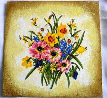 Buchet de flori campenesti in culori pastelate pe fundal antichizat 28846