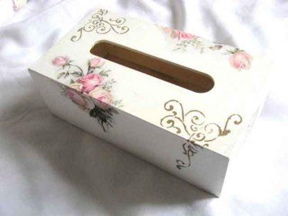 Buchet trandafiri roz, cutie servetele hartie cu trandafiri 29763