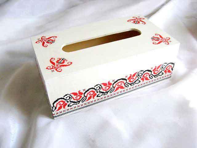 Cutie servetele cu model traditional de flori stilizate 29163
