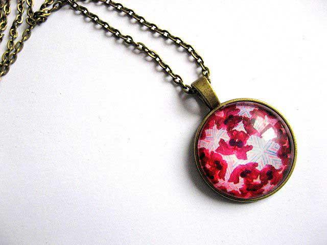 Design flori rosii, colier si pandantiv bronz, bijuterie handmade femei 28934