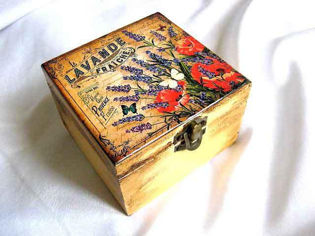 Lavanda, maci si fluturi, cutie lemn accesorii si bijuterii 29052