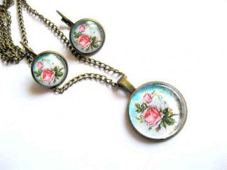 Set bijuterii bronz, trandafiri roz pe fundal alb bleu, pandantiv si cercei 29153