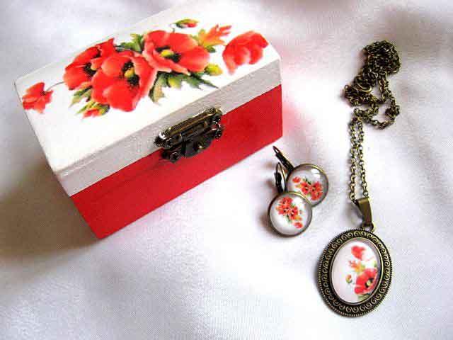 Cadou femei, set cadou cutiuta si bijuterii cu model de maci 29258