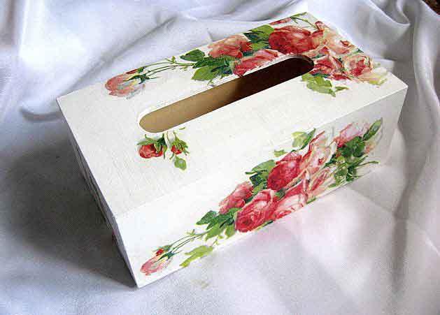 Cutie servetele hartie, cutie cu model de trandafiri rosii si roz 29344