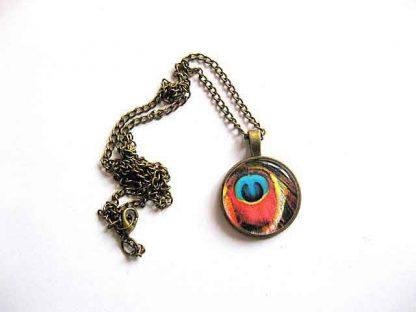 Colier pana paun, culori rosu, albastru, negru, galben, bijuterie femei 29617