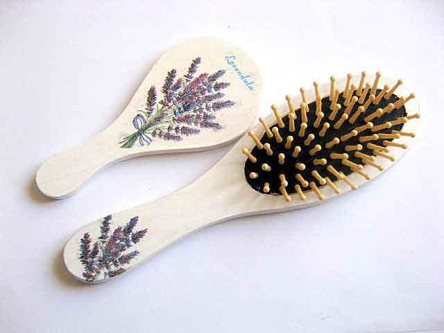 Flori de levantica, set femei oglinda si perie par, set cadou 29414