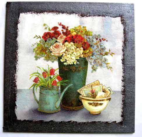 Flori vaza si stropitoare si vas cu diferite obiecte, tablou natura moarta pe panza 26051