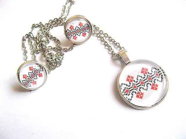 Motive traditionale romanesti, bijuterii colier, pandantiv si cercei 29466